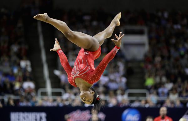 Simone_Biles_2016_Olympic.jpg